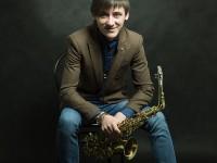 Школа саксофона Максима Разина лого